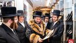 Purim Rov from the Satmar Queens Yeshiva Gedola Visits Mefoar Headquarters