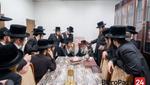 Ungvar Rebbe Visits the Chernobile Rebbe